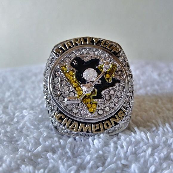 c7af7bbe53caf Pittsburgh Penguins 2016 Stanley Cup Ring